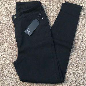Denim - Black high waisted jeans